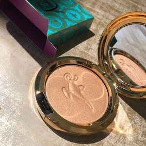 MAC powdered blush, Aladdin collection.